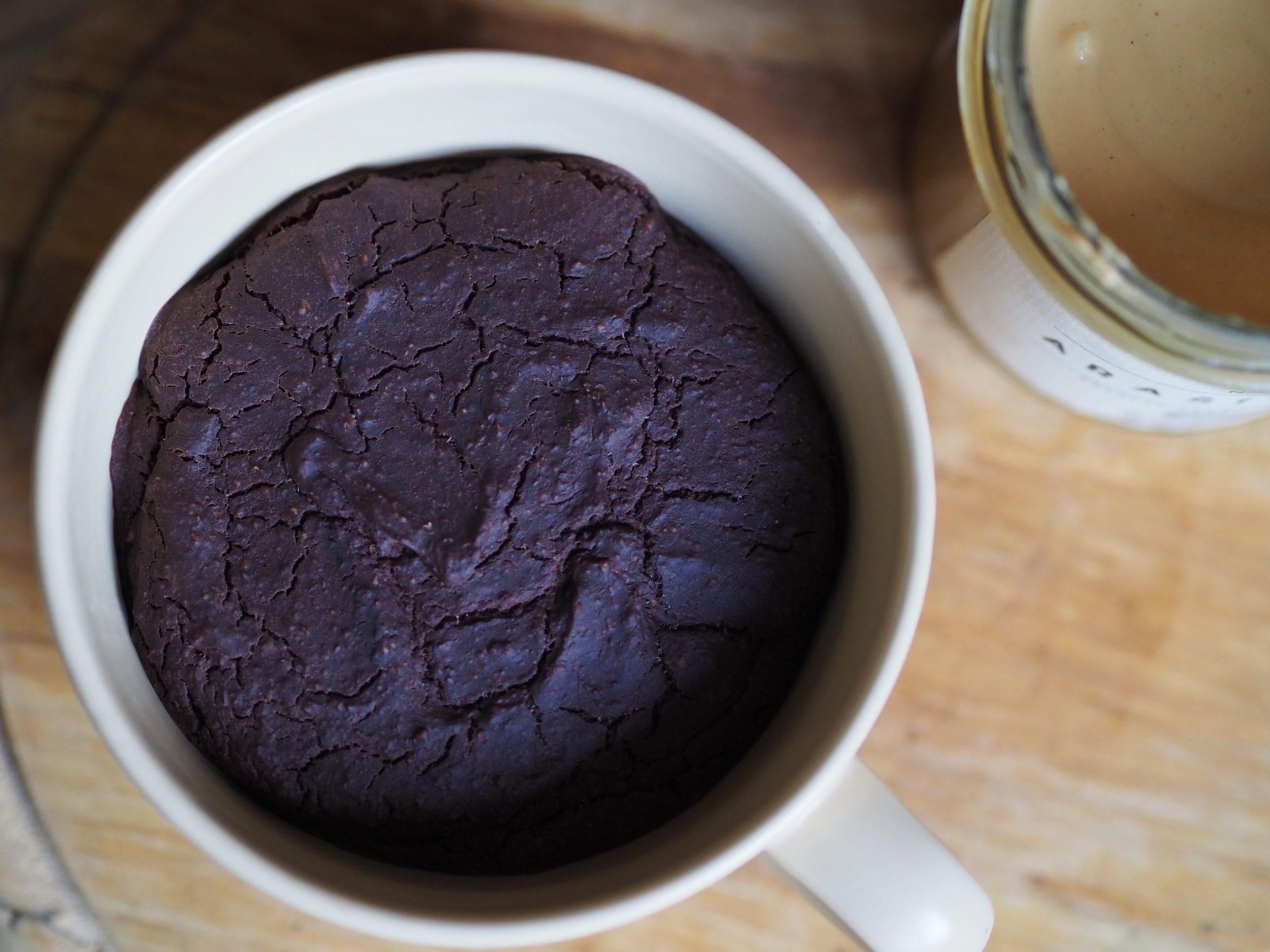 Zdravé snídaňové brownie z hrnku
